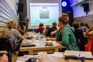 Petr Karlík z ČZU, Seminář Ekologická obnova travních porostù, 22. září 2020, foto Barbora Čepelová